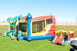 KidsDay2014-BouncyHouses